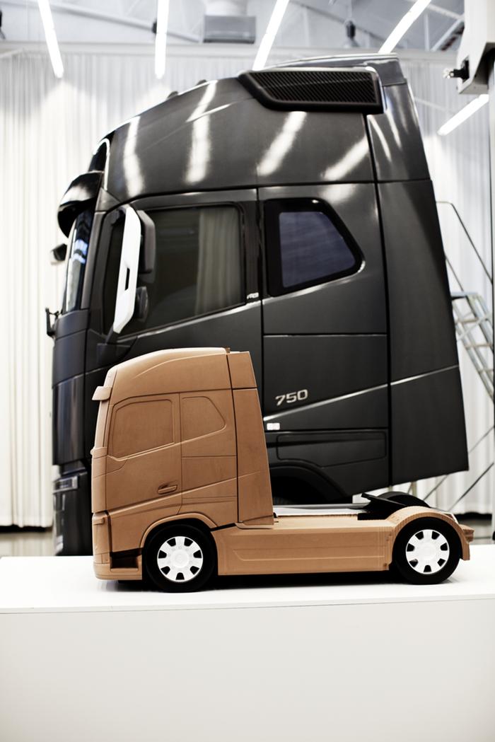 """Volvo Trucks a câştiga premiul """"if"""" pentru design"""