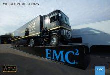 Nou record mondial la săritura în lungime cu un camion