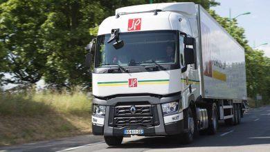 Jacky Perrenot a achizitionat 32 de unitati Renault Trucks Model T