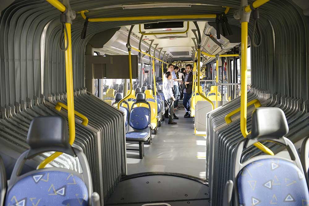 Mega autobuzul Scania pentru Bus Rapid Transit