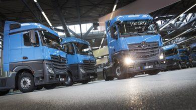 MB Actros cu numărul 100.000 produs la Wörth livrat companiei Nagel Group