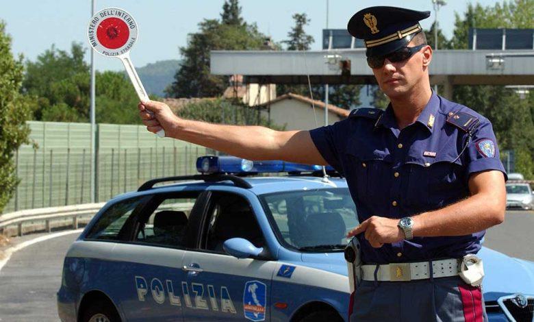Conducerea fără permis nu mai constituie infracțiune în Italia