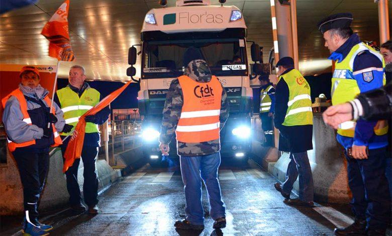 Franța aproape de o paralizie economică