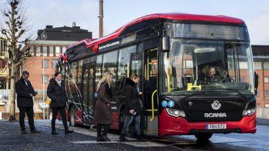 Scania testează încărcarea prin inducție a autobuzelor urbane