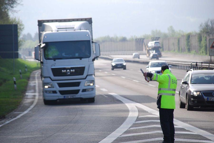 Acțiuni speciale de control a camioanelor și autocarelor în UE