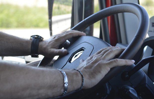 Înregistrarea electronică a șoferilor detașați în Franța va costa 40 de euro