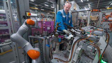 Automatizări inovatoare şi sisteme flexibile de asistenţă din fabricile BMW