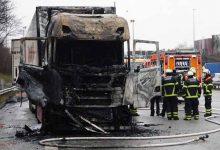 Un camion Scania din noua generație a luat foc în tunelul Elb