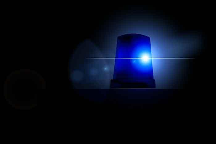 Șofer de camion român găsit fără suflare în cabina camionului în Italia