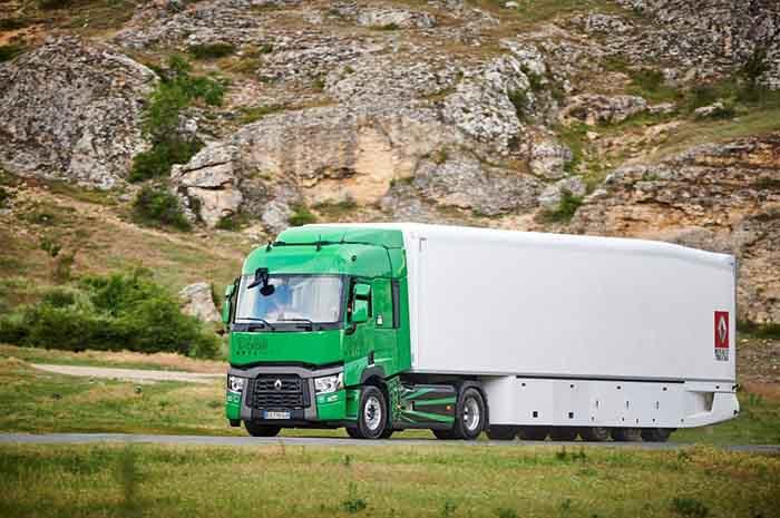 Renault Trucks T 440 Optifuel. Sofisticat, greu de înțeles, dar economic