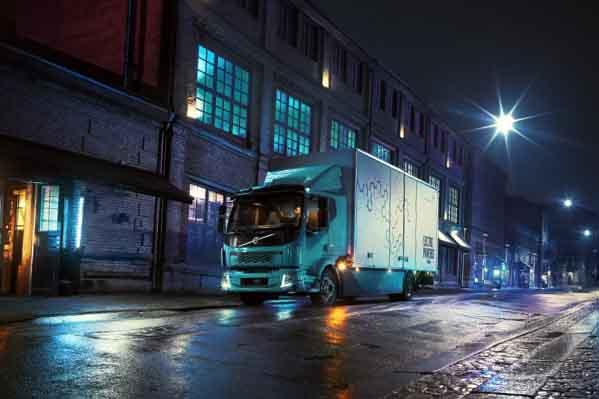 Patru motive pentru care camioanele electrice sunt un câștig pentru orașe