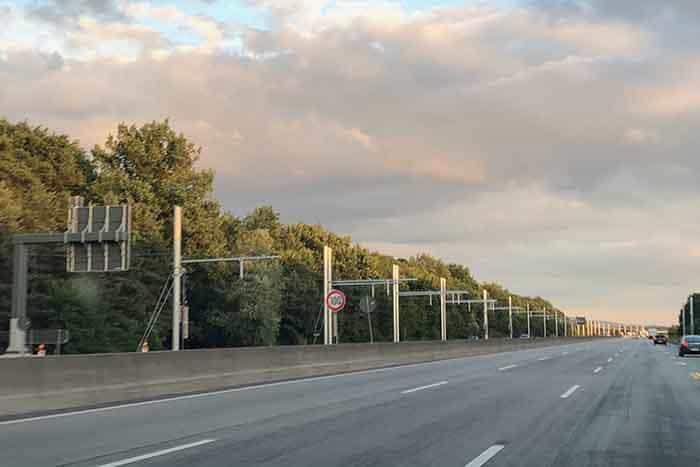 Germania urmează să finalizeze primul segment de autostradă electrificată