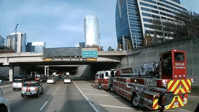 Iată cum se conduce un camion de pompieri cu semiremorcă în SUA (VIDEO)