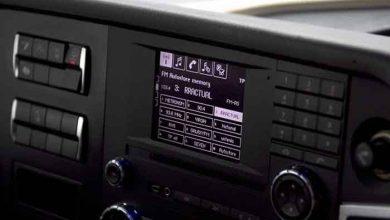7 din 10 șoferi români ascultă tot timpul muzică la volan