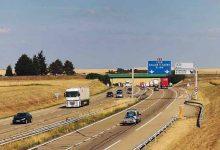 Franța vrea taxarea camioanelor străine care-i tranzitează teritoriul