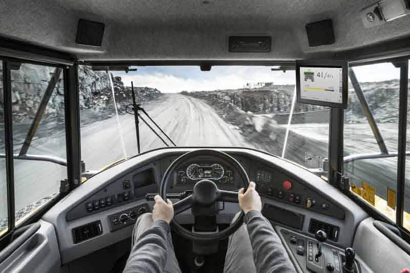 Cinci soluții de asistență Volvo Assist utile pe șantiere sau în cariere