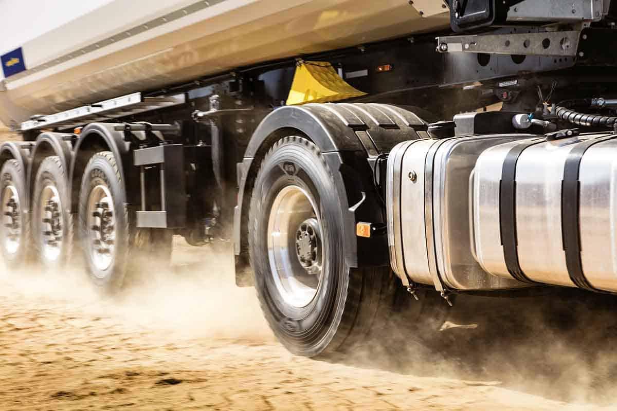 Goodyear Omnitrac, noua gamă de anvelope mixte pentru camioane