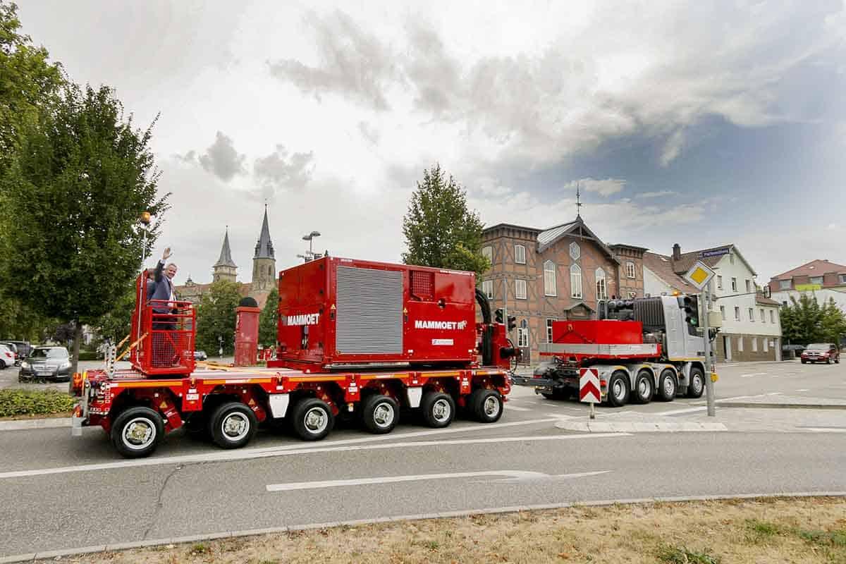 Mammoet Trailer Power Assist este un sistem revoluționar de propulsie a trailer-ului, care face proiectele de transport agabaritic să fie mai rapide și sigure.