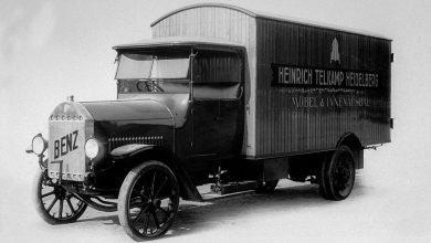 100 de ani de la primul camion Daimler de cursă lungă aniversați la Retro Classics 2019