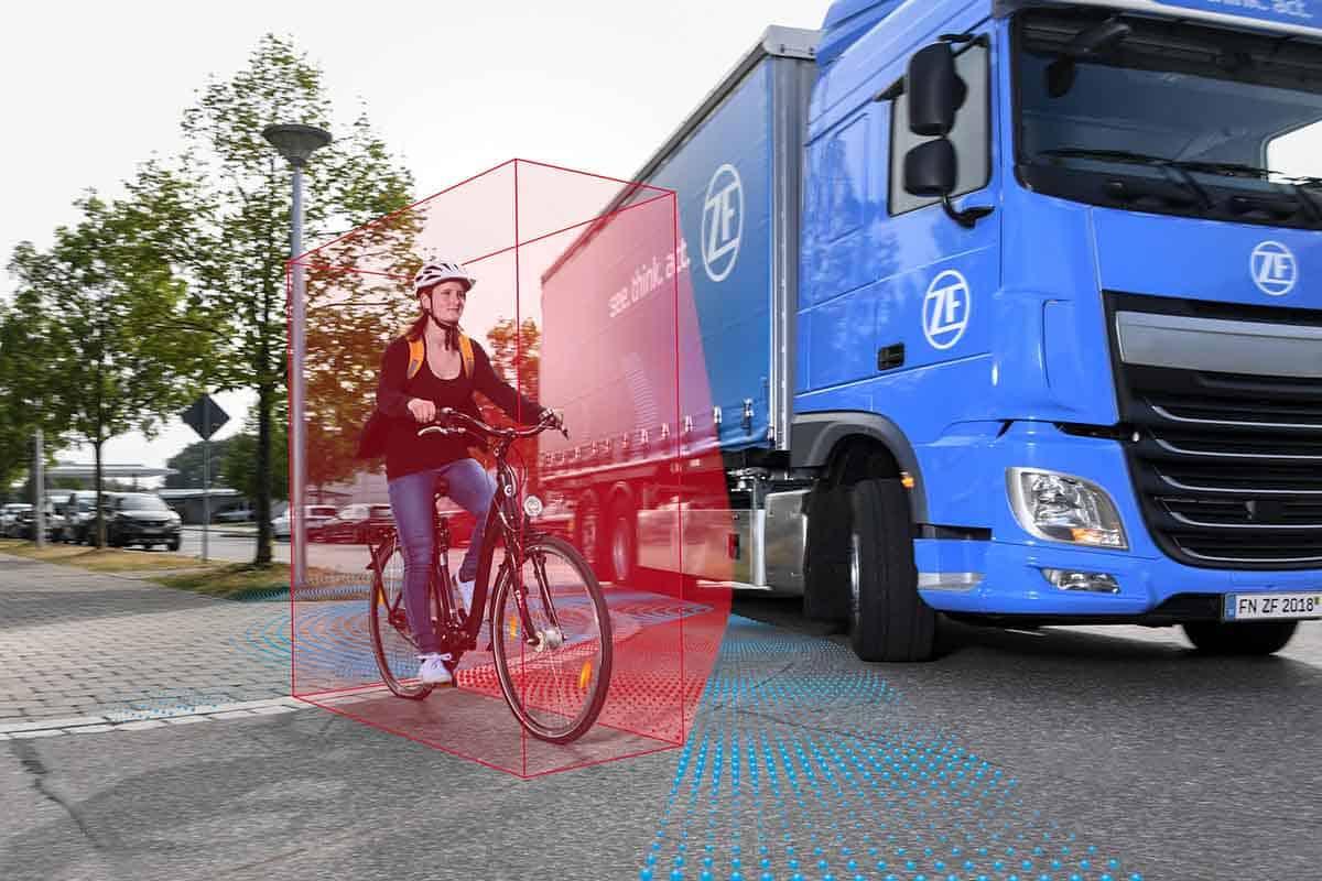 Sistemele de asistență la virare pentru camioane au fost certificate în Germania