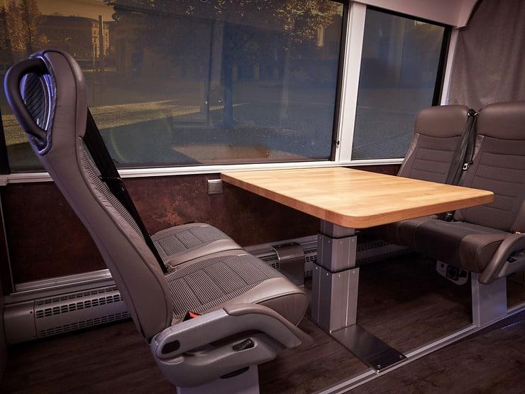MAN Bus Modification Center a transformat un Neoplan Tourliner într-o adevărată casă pe roți