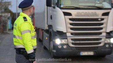Măsuri de fluidizare la frontiera cu Ungaria, după reluarea traficului pentru camioane