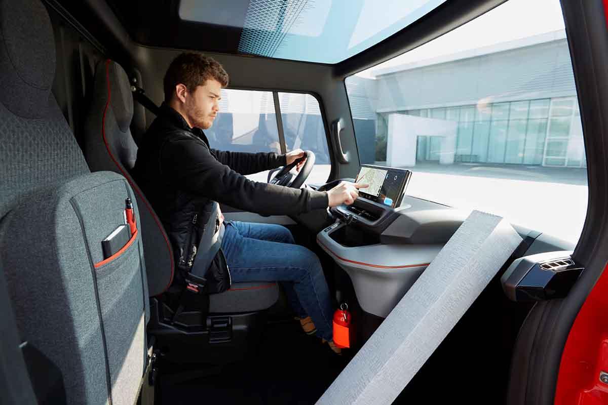 Renault a lansat utilitara electrică EZ-Flex