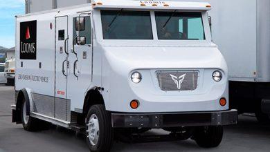 XOS Trucks a electrificat o mașină blindată destinată transporturilor de valori