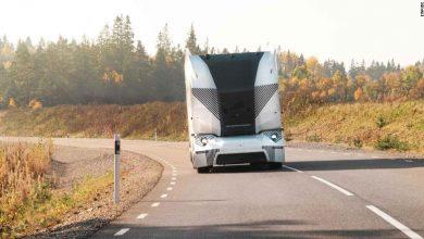 DB Schenker testează în Suedia un camion electric fără cabină și șofer