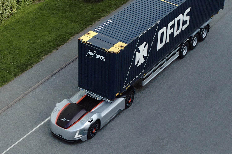 Camionul autonom Vera transportă containere în portul Göteborg (VIDEO)