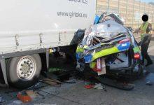 Un șofer de camion belorus mort și un altul rănit grav într-un accident pe A 7 în Germania