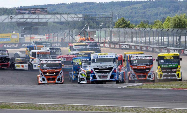 Spectacol total în a 4-a etapa din FIA ETRC desfășurată pe circuitul Nürburgring