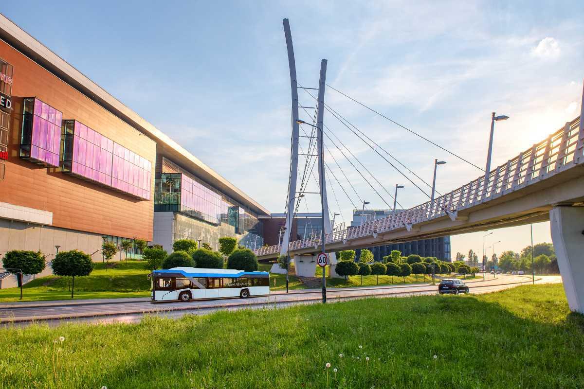 Solaris a devenit cel mai mare producător de autobuze electrice din Europa