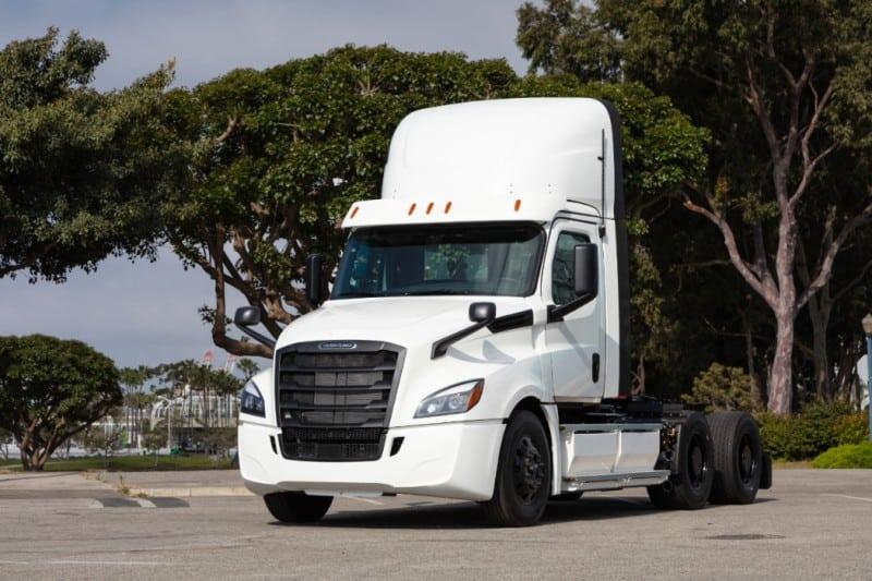 Daimler a livrat primele două unități Freightliner eCascadia în Statele Unite