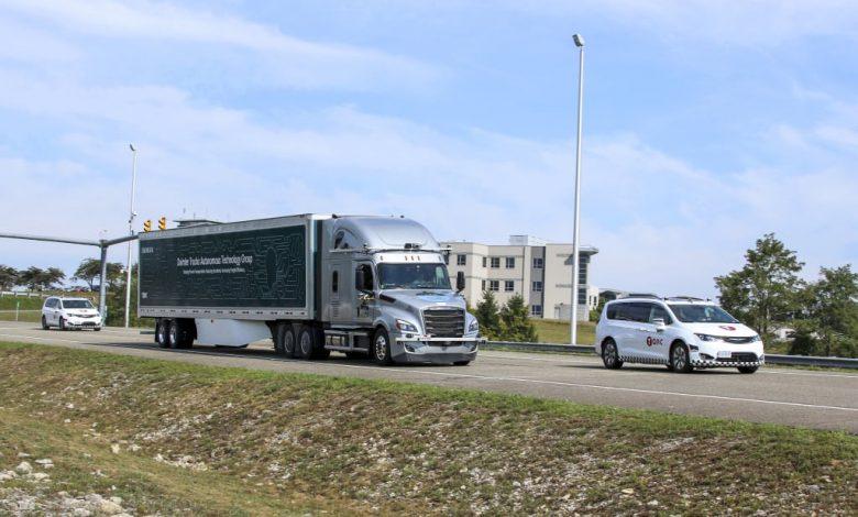 Daimler va testa camioane autonome de nivel 4 pe drumurile publice din Virginia