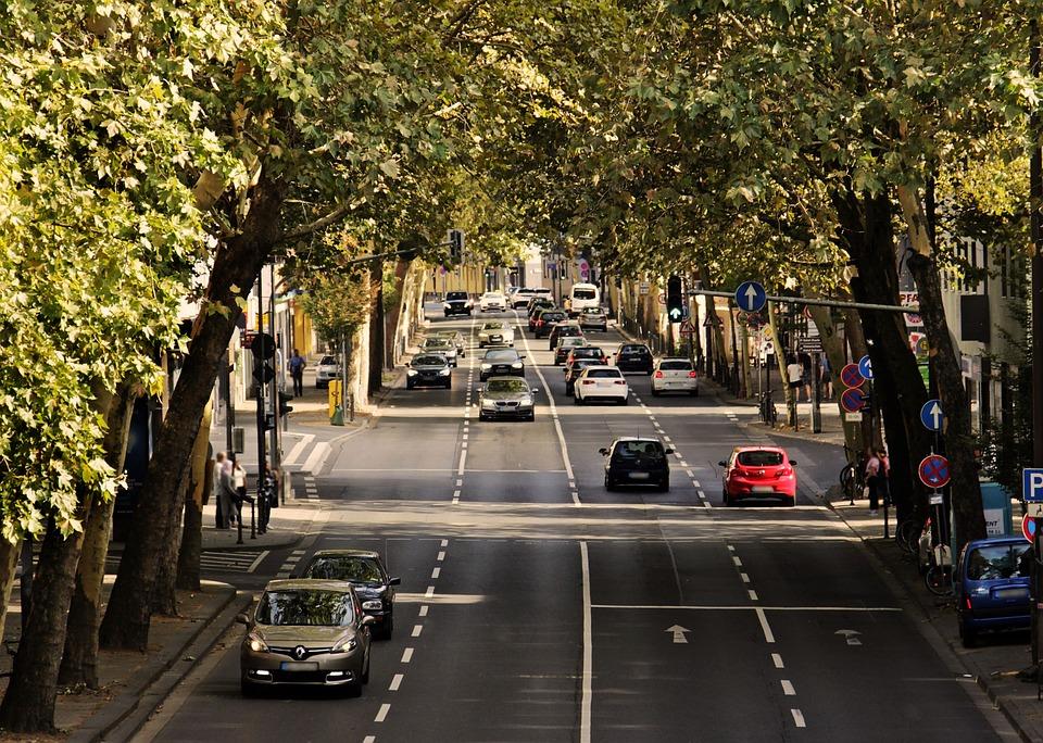 Guvernul Orban a anunțat că pregătește o taxă de primă înmatriculare pentru mașini