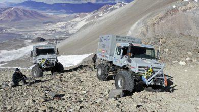 Două Unimog U 5023 au ajuns pe cel mai înalt vulcan din lume