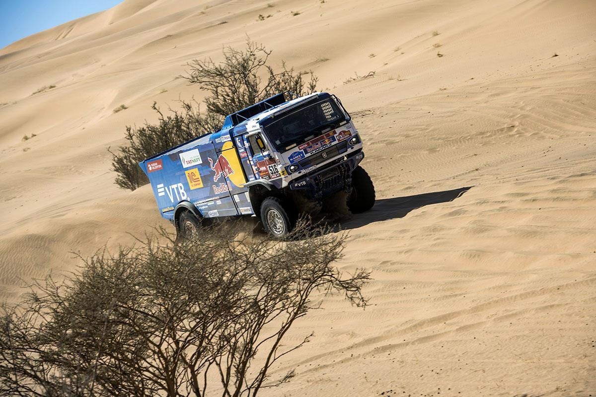 Rusul Anton Shibalov a câștigat prima etapă a Dakar Rally 2020