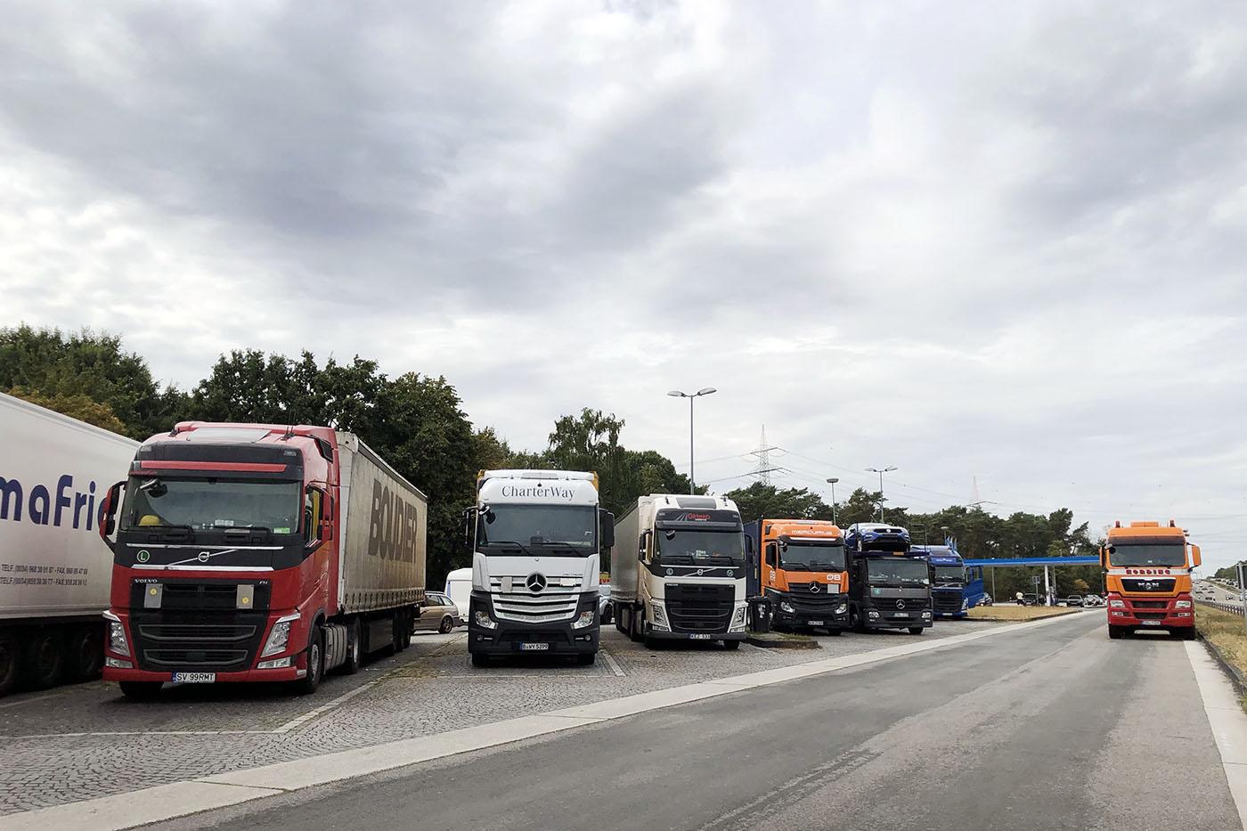 Danemarca a majorat amenzile pentru efectuarea repausului de 45 de ore în cabină