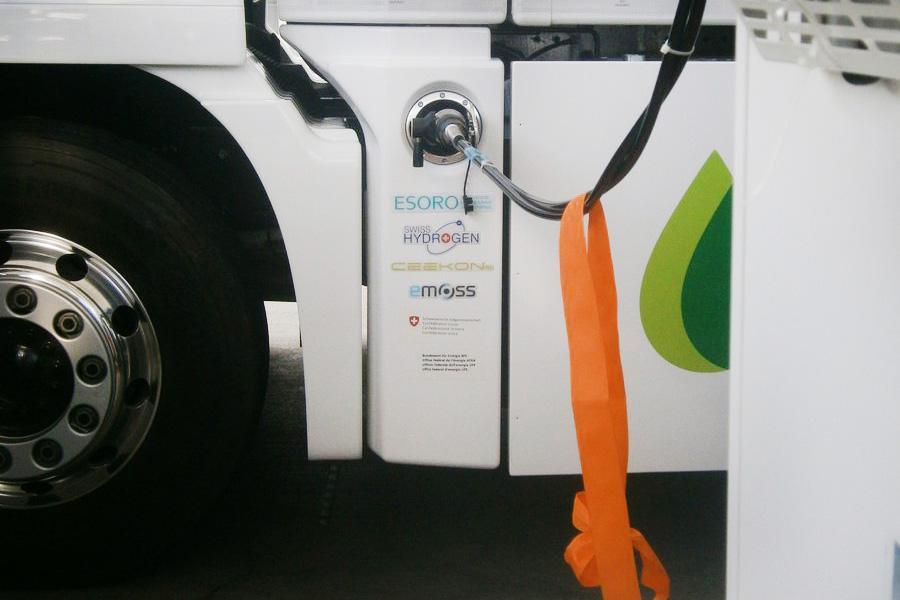 Vehiculele cu hidrogen câștigă teren în Elveția și Germania