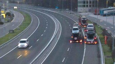 Trei șoferi de camion au mers cu spatele pe autostradă în Elveția pentru a scăpa de control