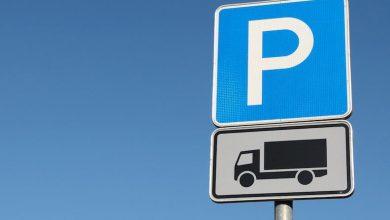 Anchetă privind lipsei locurilor de parcare pentru camioane din zona Kent