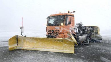 Daimler Trucks și Lab 1886 au curățat zăpada dintr-un centru din Immendingen cu camioane autonome