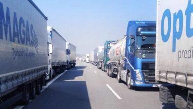 Controalele medicale duc la cozi kilometrice pe autostrăzile spre Polonia