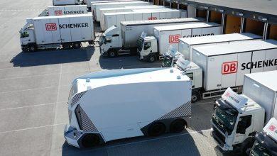 Einride a arătat cum un singur teleoperator gestionează mai multor camioane autonome