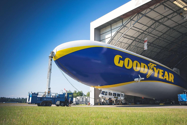 Dirijabilul Goodyear revine pe cerul din Europa după o pauză de aproape 10 ani