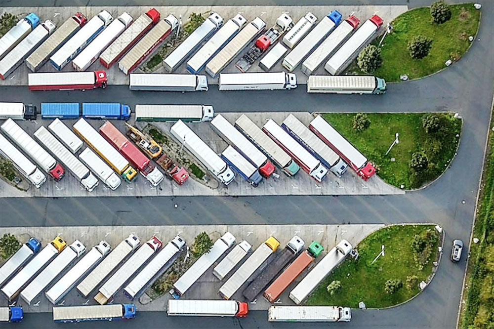 Autoritățile din Saxonia Inferioară vor să construiască mai multe locuri de parcare