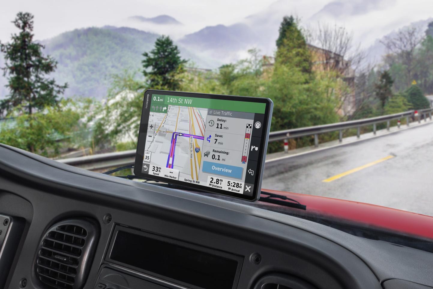 Garmin a lansat o nouă serie Dezl de navigații pentru camion