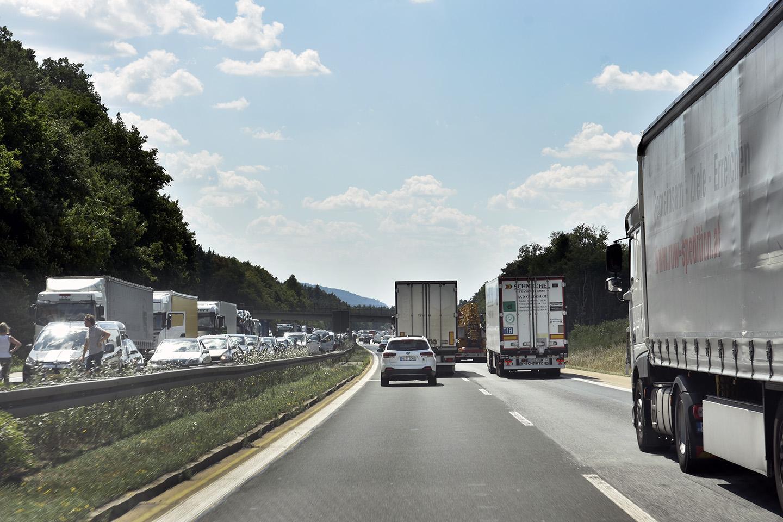 Cabotajul ilegal a facilitat prăbușirea prețului pe kilometru din Europa