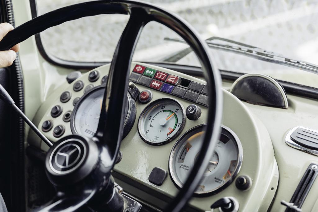 Evoluția cabinelor camioanelor Mercedes-Benz în ultimii 60 de ani